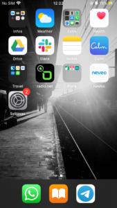 monde virtuel copie de l'écran de mon smartphone en août (ne reste que l'essentiel)